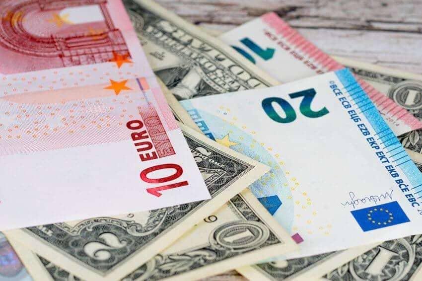 Повлияет ли коронавирус на курс рубля