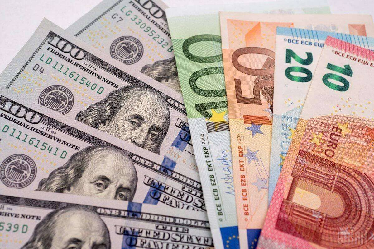 Рост рубля на фоне нефти: как это будет
