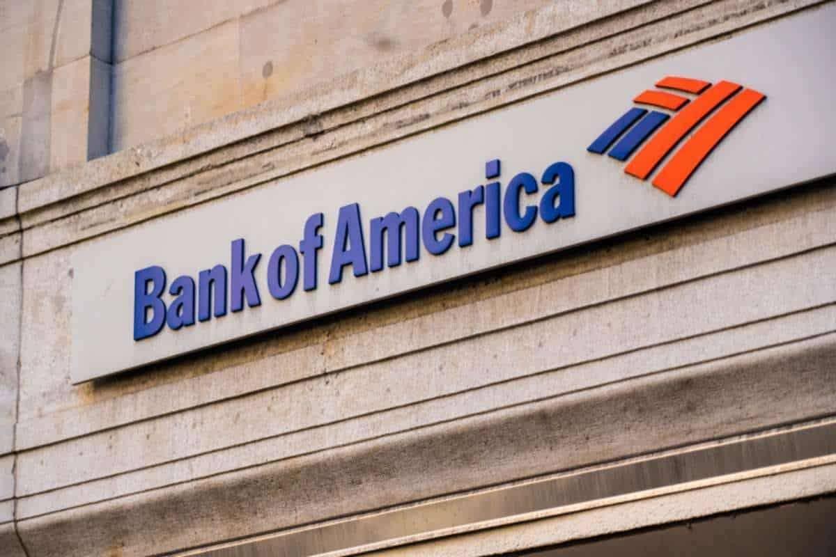 Как выживают банковский и авиационный секторы во время пандемии