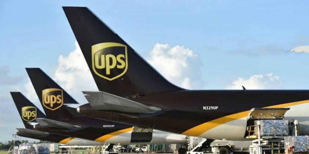 Выгодные компании для инвестирования: FedEx и UPS