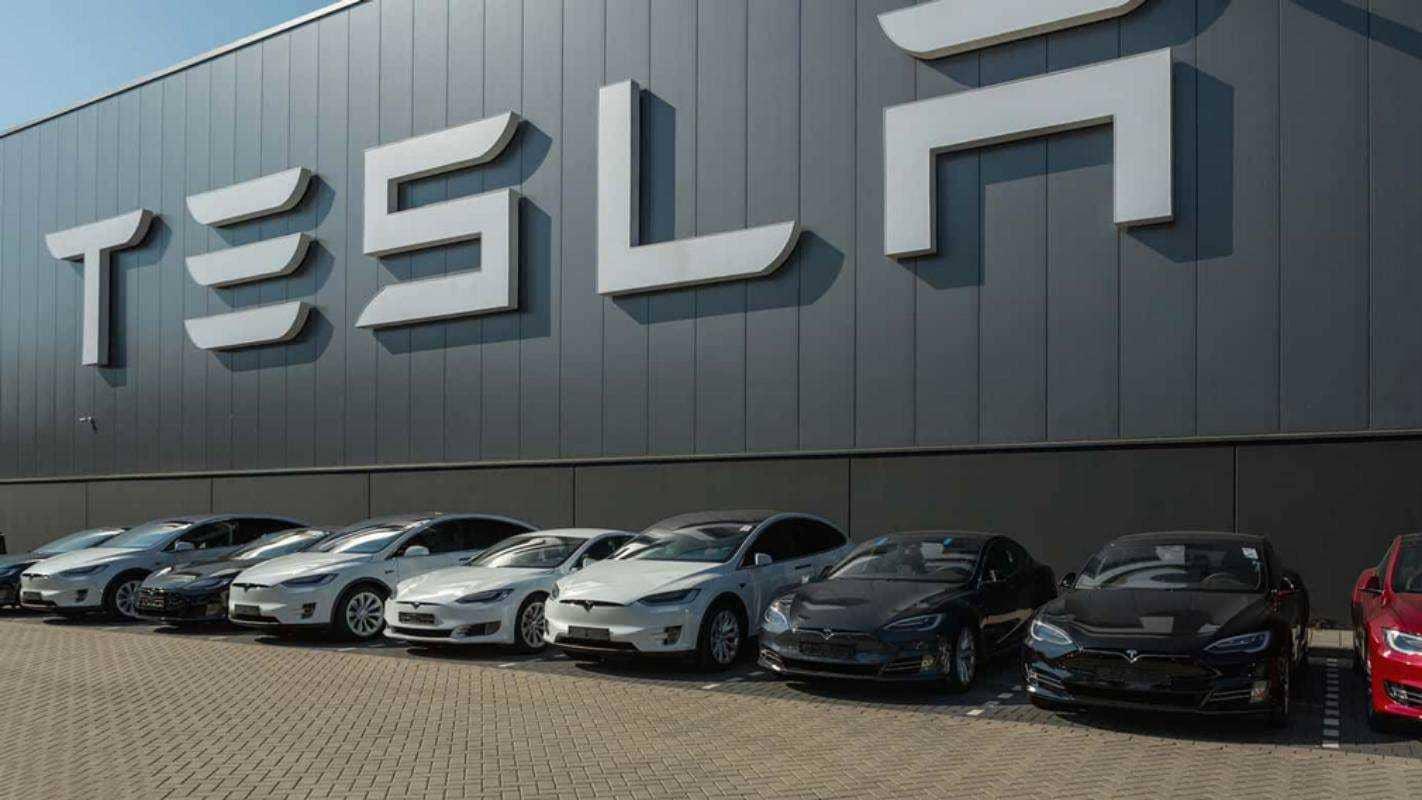 Стоит ли приобретать акции компании Tesla