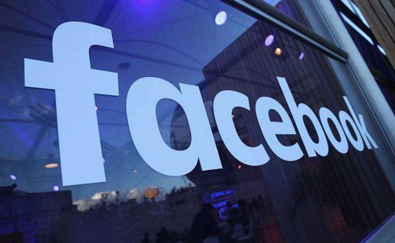 Анализ компаний Apple и Facebook