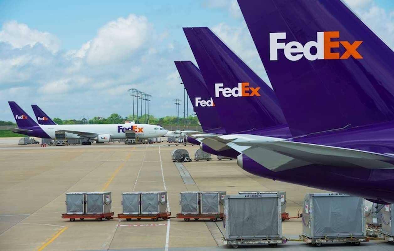 Американские гиганты Nike и FedEx